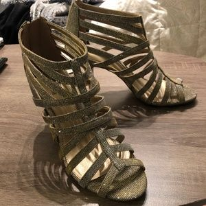Coach And Four Metallic Gold And Silver Heels